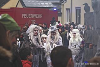 Geister aus Föhren beim Fastnacht Karnevalsumzug in Bekond 2018